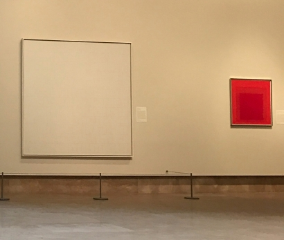 Josef Albers, Homage to the Square / Red Series, Untitled III, 1968, Norton Simon Museum, Pasadena. Shown here to the left of Agnes Martin, Leaf in the Wind, 1963
